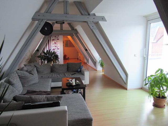 Wohnzimmer Dachgeschoss Schillerstraße 2